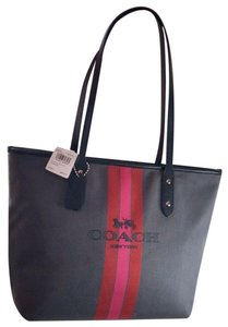 Coach Tote in Charcoal/Black