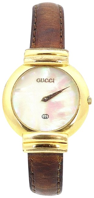 Item - Gold 5300j Vintage Mother Of Pearl Round Leather Band Watch