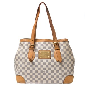 Louis Vuitton Leather Tote in Beige/Brown