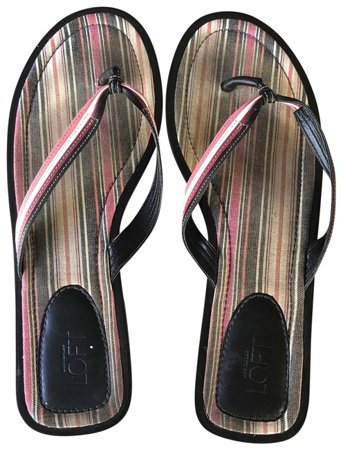 Item - Black Red White Flat Sandals Size US 9 Regular (M, B)