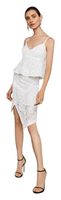 Item - White Asymmetrical Lace Pencil Skirt Size 0 (XS, 25)