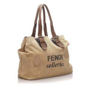 Fendi 0cfnto012 Vintage Leather Tote in Brown