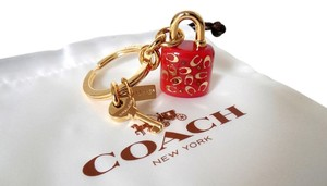 Coach Coach Sprinkle Lucite Signature C Red Lock and Key Charm Key Ring Handbag FOB, New 63095 ($50)