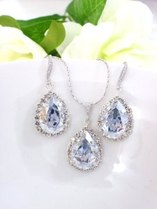 Swarovski Elements Light Blue Antique Crystal Necklace Shade Drop Earrings Jewelry Set
