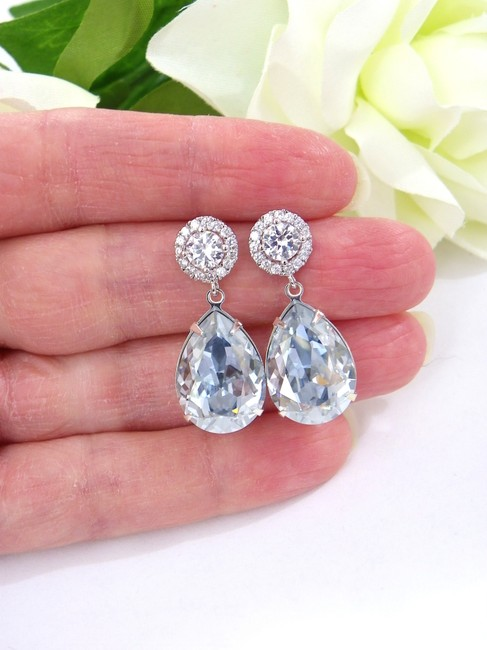 Item - Light Blue Antique Crystal Shade Drop Crystal Earrings