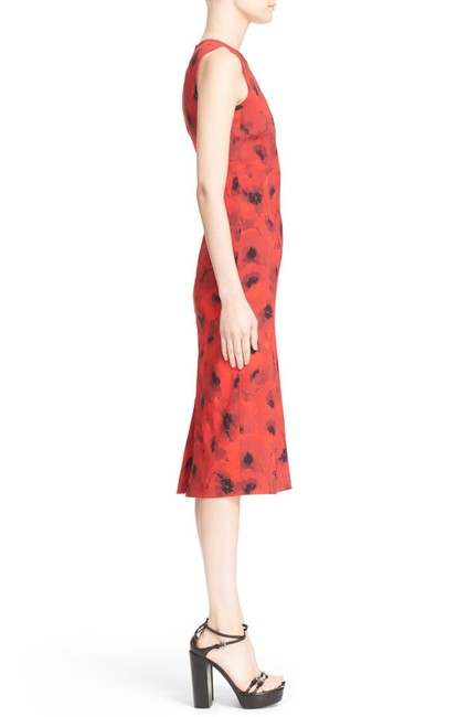 Michael Kors Collection Red/Black Couture Sleeveless Floral Poppy Sheath Mid-length Cocktail Dress Size 4 (S) Michael Kors Collection Red/Black Couture Sleeveless Floral Poppy Sheath Mid-length Cocktail Dress Size 4 (S) Image 6