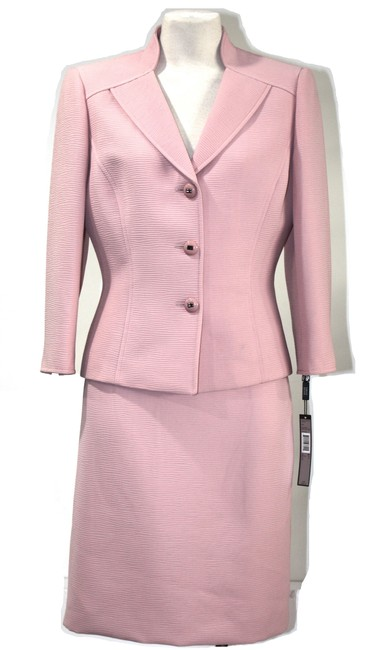 Item - Light Pink Set Blazer And Skirt Suit Size Petite 6 (S)