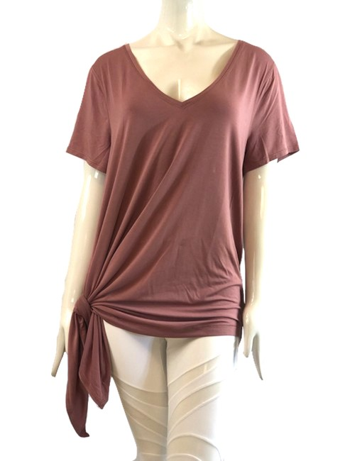 Item - New Point Activewear Top Size 12 (L)
