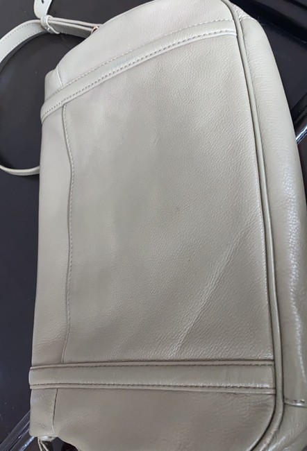 Tory Burch Cross Body Pale Olive Green Leather Tote Tory Burch Cross Body Pale Olive Green Leather Tote Image 4