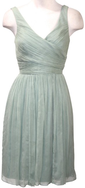 Item - Green Silk Chiffon Sleeveless Sun Mid-length Formal Dress Size 00 (XXS)