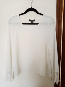 See You Monday Longsleeve Sheer Polyester Lace Top Off white