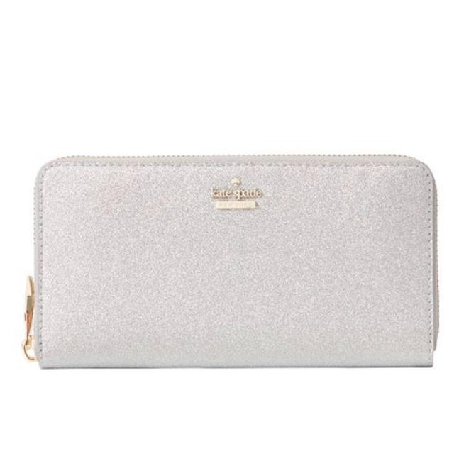 Item - Silver (040) Burgess Court Lacey Wallet