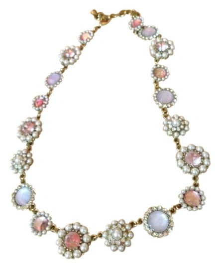 Preload https://img-static.tradesy.com/item/272165/mossimo-supply-co-pink-and-gold-necklace-0-0-540-540.jpg