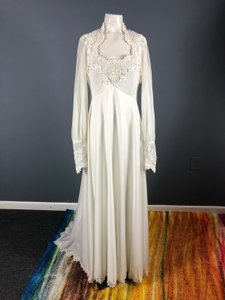 Off-white Polyester Chiffon 1960s Beaded Bridal Gown Vintage Wedding Dress Size 4 (S)