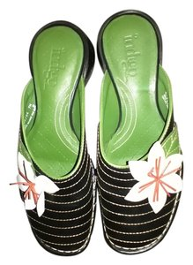 Black Green Flower Mules
