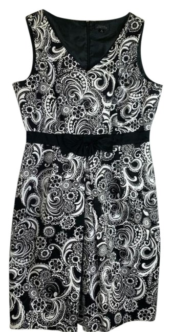 Tahari Black White By Arthur S Levine & Damask Mid-length Short Casual Dress Size 14 (L) Tahari Black White By Arthur S Levine & Damask Mid-length Short Casual Dress Size 14 (L) Image 1