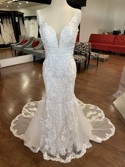 Item - Ivory Moscatto Lace 6914 Formal Wedding Dress Size 12 (L)