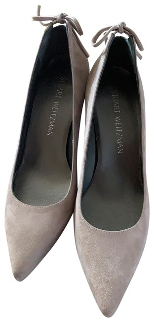 Item - Grey Suede Pumps Size US 6.5 Regular (M, B)