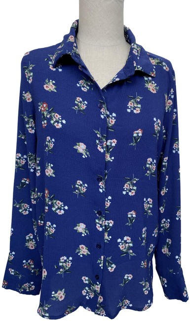 Item - Blue Floral Button Front Long Sleeve Blouse In Medium Button-down Top Size 8 (M)