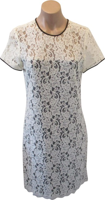 """Item - Ivory and Black Cream Lace """"Barbie"""" Lining - Mid-length Night Out Dress Size 10 (M)"""
