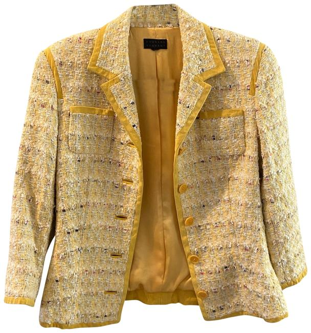 Item - Yellow 242 Skirt Suit Size 2 (XS)