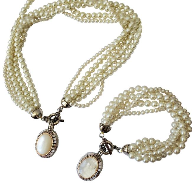 Item - Pearl And Bracelet Necklace