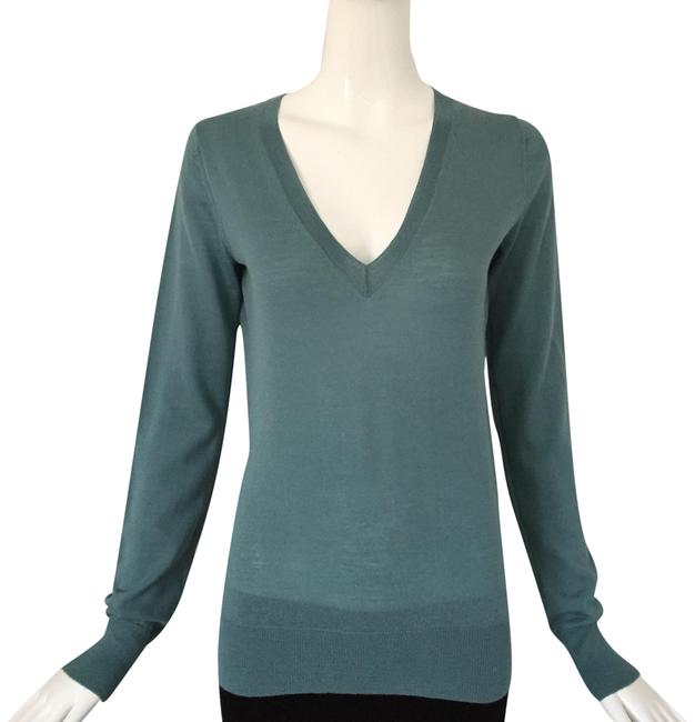 Item - Essential V Neck Blue Sweater