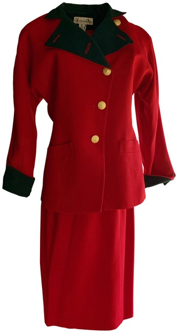 Item - Red Skirt Suit Size 6 (S)