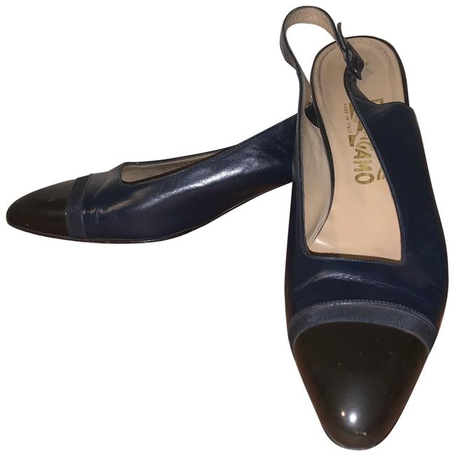 Item - Navy Round Pointed Toe Pumps Size US 11 Narrow (Aa, N)