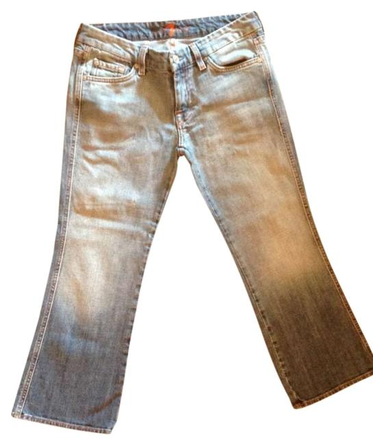 Preload https://item3.tradesy.com/images/7-for-all-mankind-medium-wash-capricropped-jeans-size-28-4-s-272372-0-0.jpg?width=400&height=650