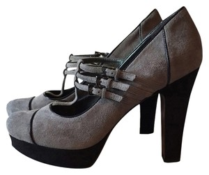 Enzo Angiolini Grey Suede with Navy Trim Pumps