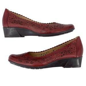 Earth Red Wedges