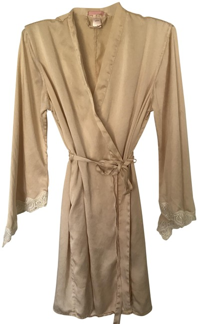 Item - Ivory Silk Robe / Cover-up/Sarong Size 8 (M)
