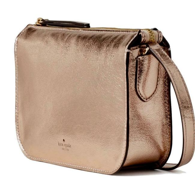 Item - Holiday Lane Val Metallic Zip Rose Gold Leather Cross Body Bag