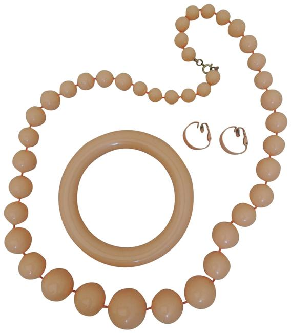 Item - Peach Necklace + Matching Bangle + Clip On Earrings Costume