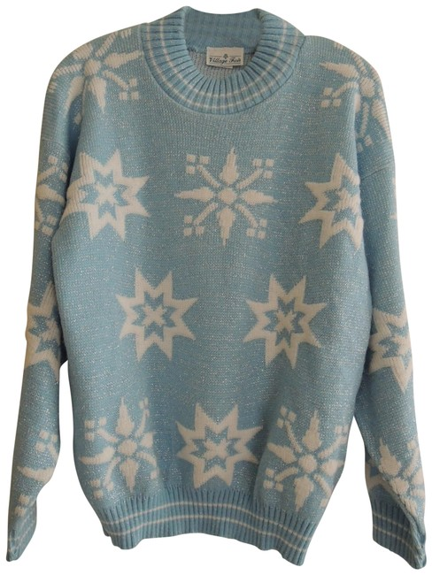 Preload https://img-static.tradesy.com/item/27244443/ladies-size-m-white-silver-snowflakes-on-baby-blue-value-multi-color-sweater-0-1-650-650.jpg