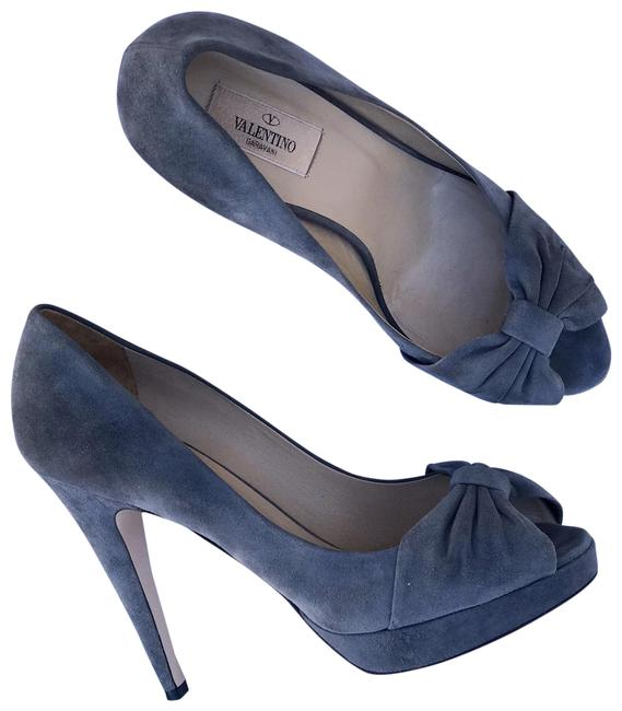 Item - Gray Suede Bow Pumps Size EU 39.5 (Approx. US 9.5) Regular (M, B)