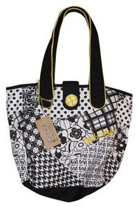 Billabong Tote in Black and White