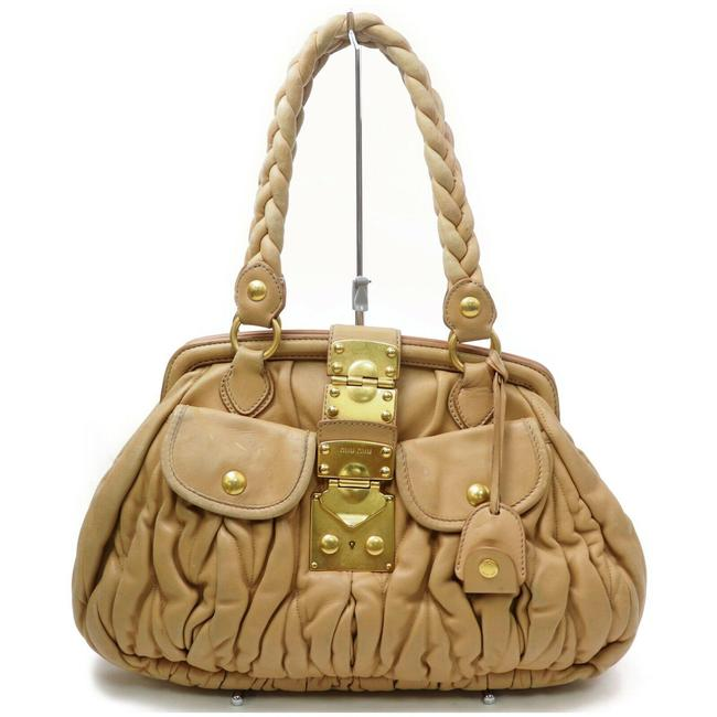 Item - Matelasse Top Handle with Locking Clasp/Key Tan Pleated Leather/Gold Satchel