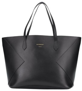 Givenchy Wing Wing Shopper Antigona Tote in Black