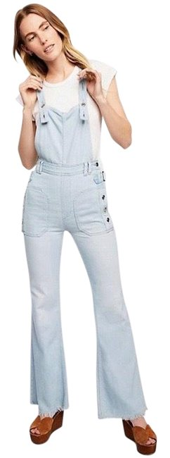 Item - Light Wash Sparrow Utility Overalls Flare Leg Jeans Size 0 (XS, 25)