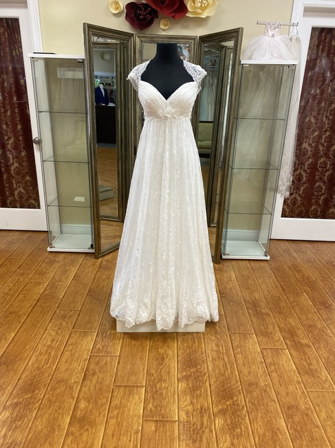 Watters Ivory Lace 55106 Feminine Wedding Dress Size 8 (M) Watters Ivory Lace 55106 Feminine Wedding Dress Size 8 (M) Image 1