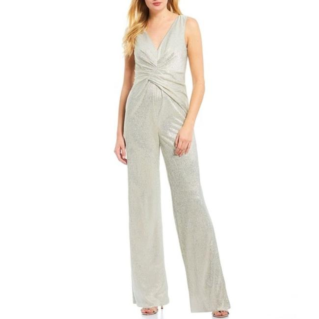 Item - Silver White Gold Wrapped Knit Romper/Jumpsuit