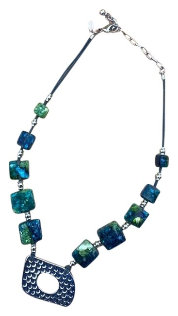 Item - Blue Green Beaded Necklace