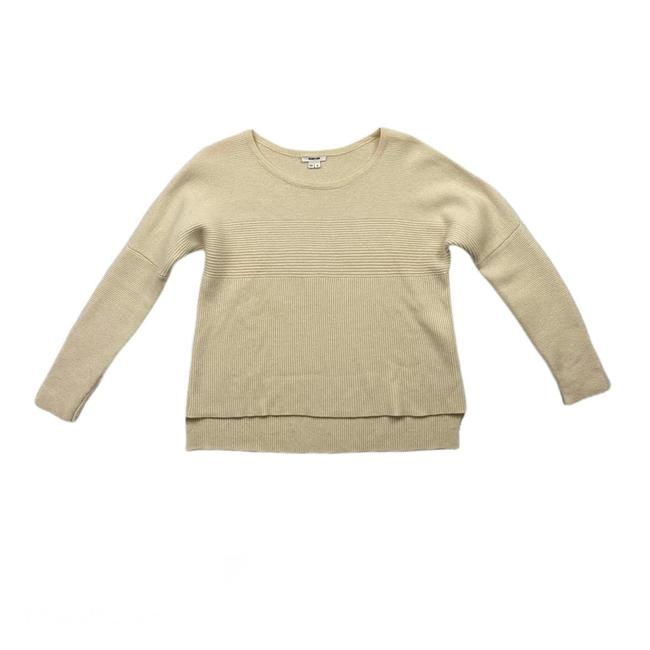 Item - Scoop Neck Ivory Sweater