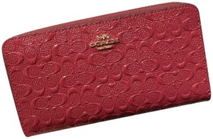 Coach COACH F54805 Accordion Zip Wallet in Signature Leather