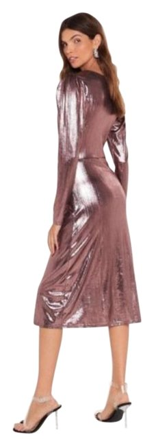 Item - Rose Gold Should Of Sheen Me Metallic Midi Mid-length Night Out Dress Size 6 (S)