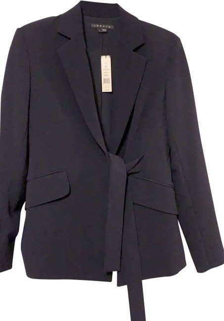 Item - Navy Crepe Fabric All Year Round Blazer Size 4 (S)
