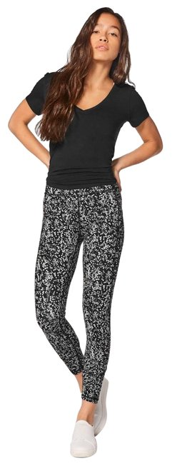 """Item - Black and White In Movement Tight 25"""" Leggings Size 6 (S, 28)"""