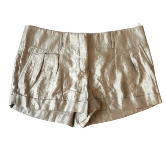 Item - Silver Shimmery Metallic Pleated Cuffed Shorts Size 8 (M, 29, 30)